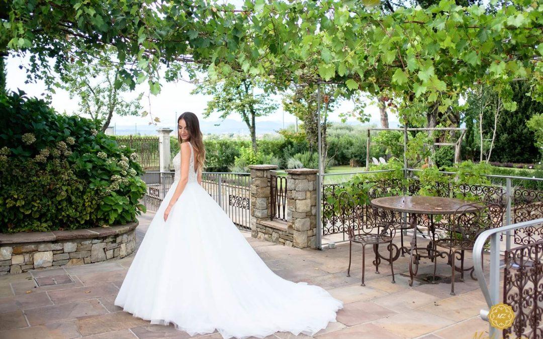 Galateo di matrimonio, dal portamento all'outfit: guida per la sposa bon ton